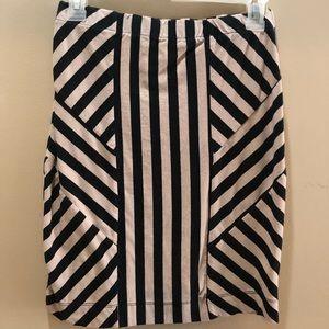 Dresses & Skirts - Black and Tan skirt